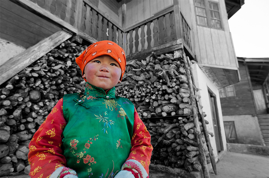 A-local-child-in-Thangu-Valley