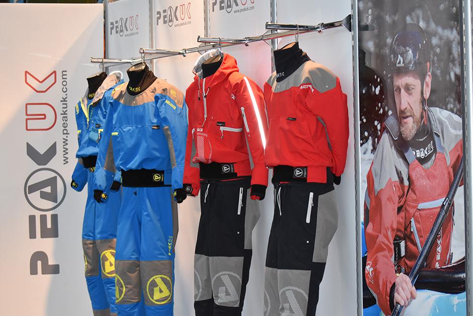 peak uk suits