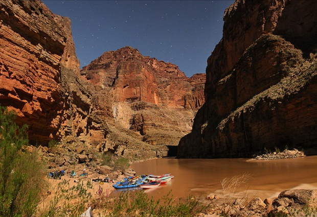Last-Chance-Campsite-under-the-stars---grand-canyon
